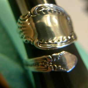 Antique 1889Tiffany & Company Richeliue Spoon ring